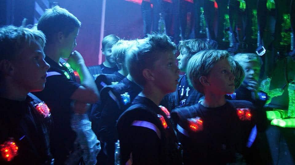 Spelare firar födelsedag på barnkalas Göteborg
